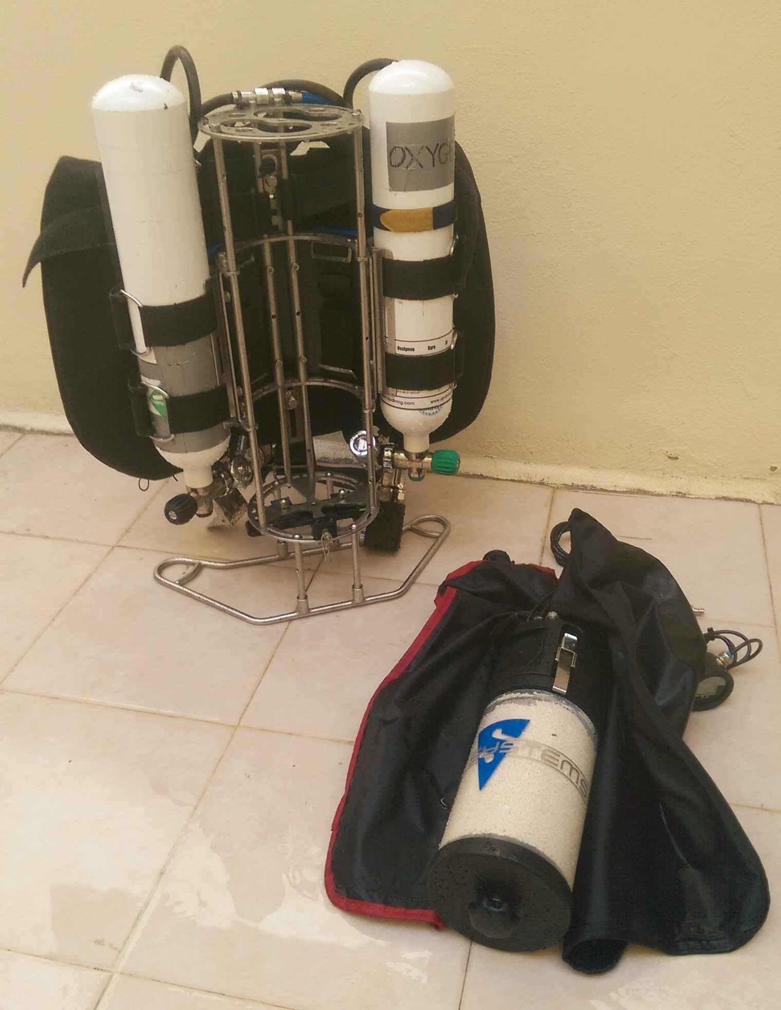 Dive-Systems-Proteus-P2-Backmount-Rebreather-0134.jpg