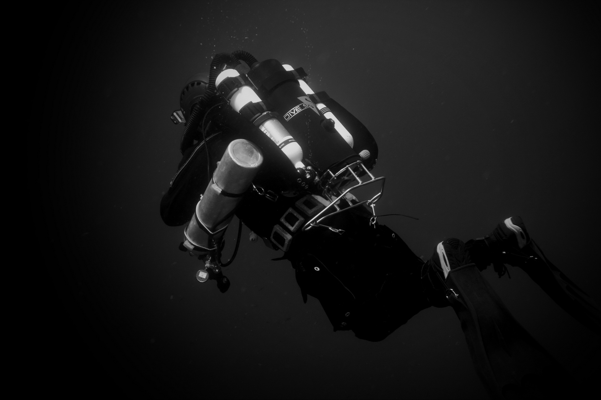Dive-Systems-Proteus-P2-Backmount-Rebreather-5957.jpg
