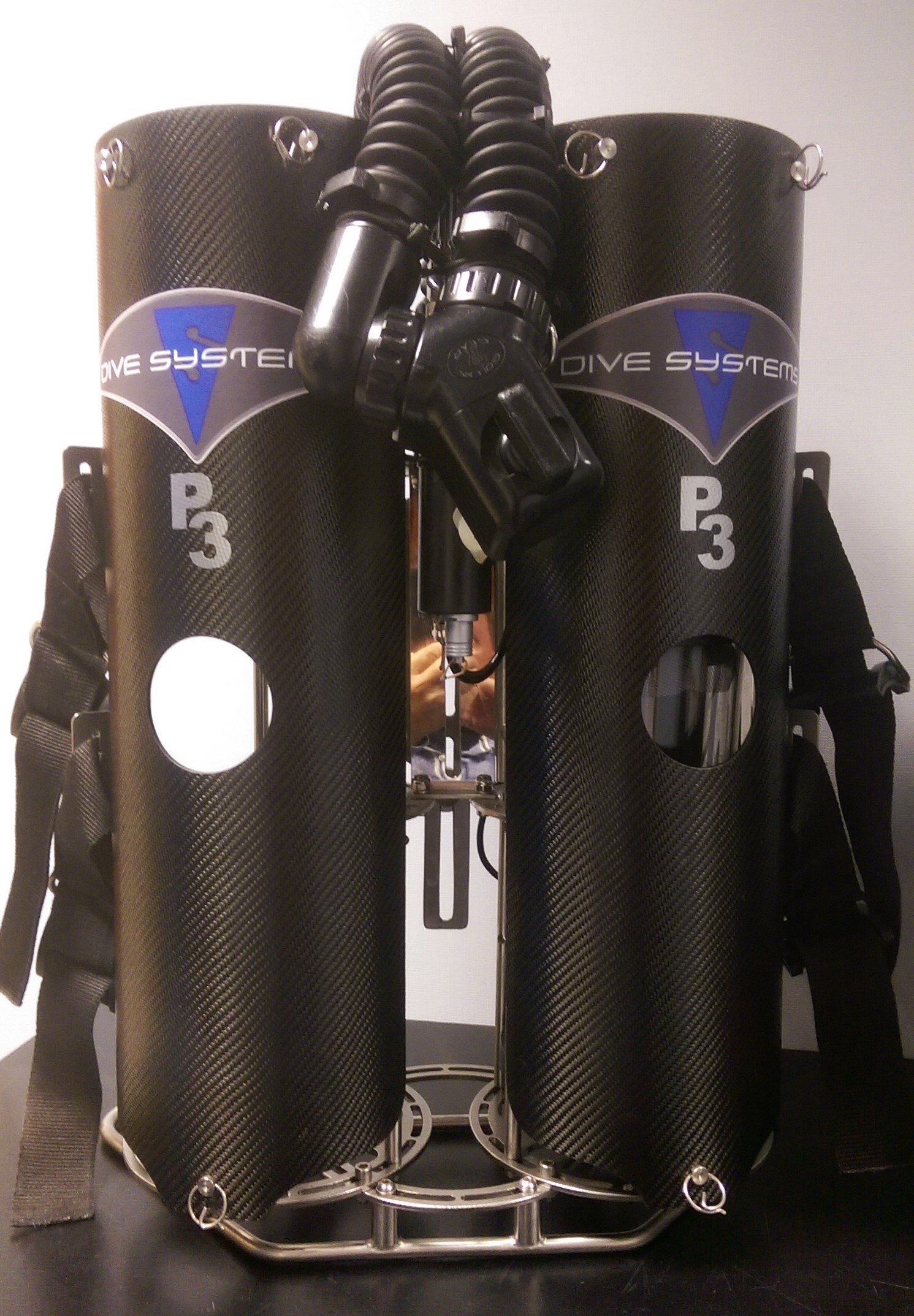 Dive-Systems-Proteus-P2-Dual-Backmount-Rebreather-0019.jpg