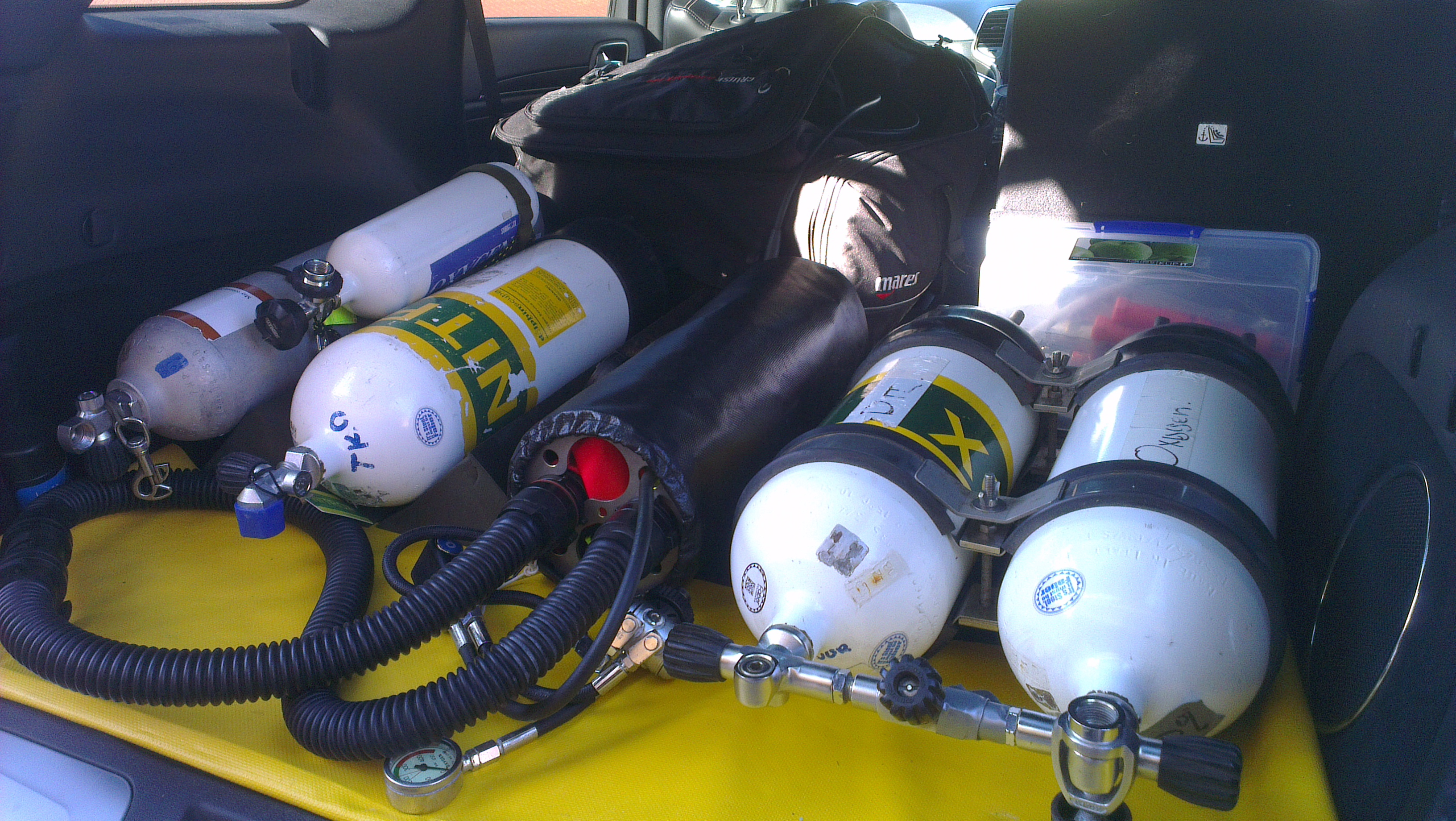 Dive-Systems-Proteus-P2-Sidemount-Rebreather--20140503-001.jpg