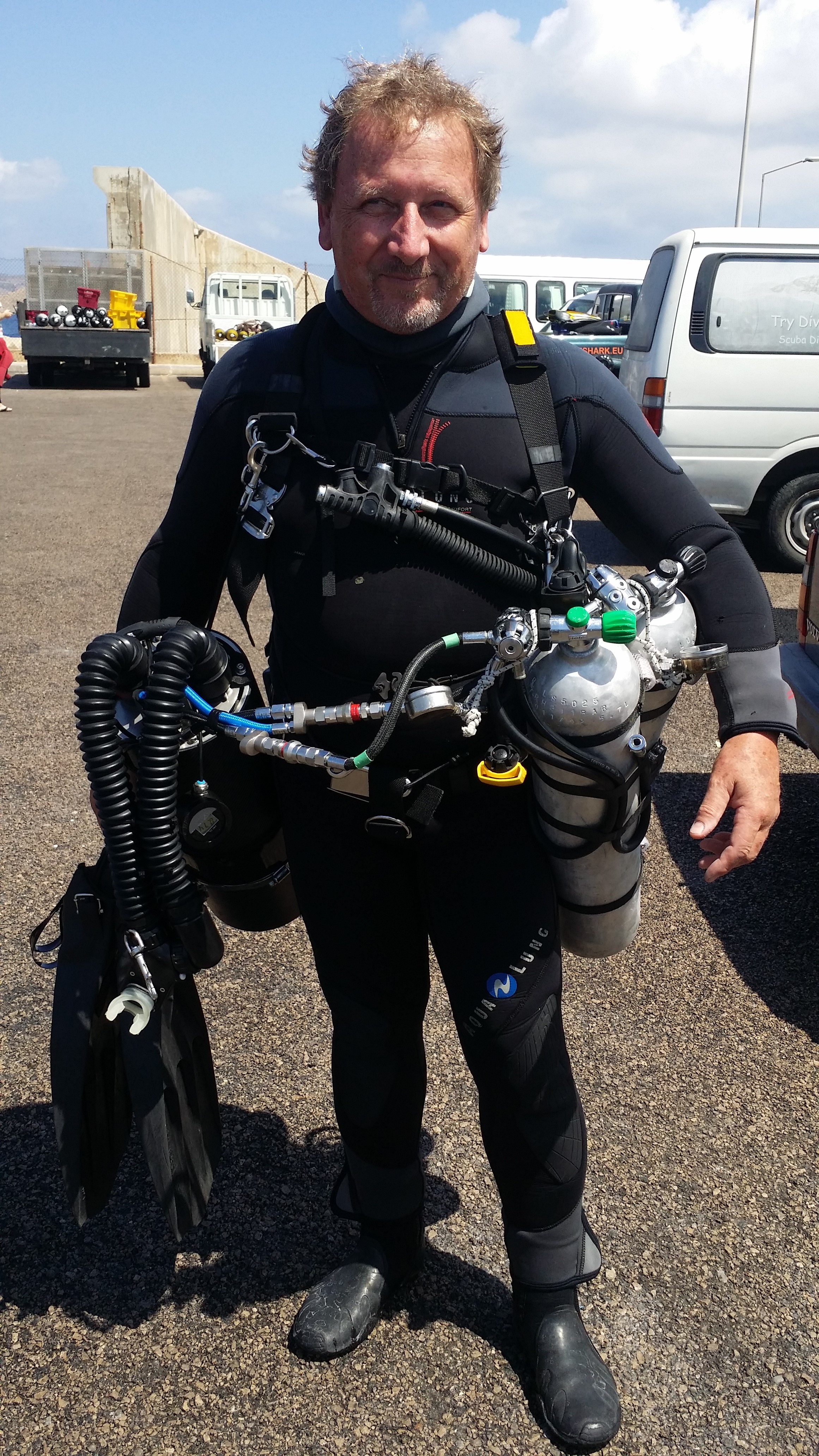 Dive-Systems-Proteus-P2-Sidemount-Rebreather--20160813-02.jpg