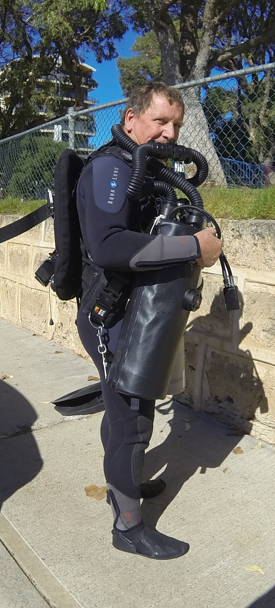 Dive-Systems-Proteus-P2-Sidemount-Rebreather-0670a.jpg